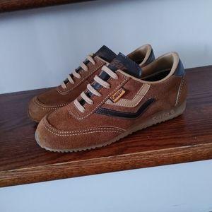 NWOT Cougar vintage 80s sneakers size 4